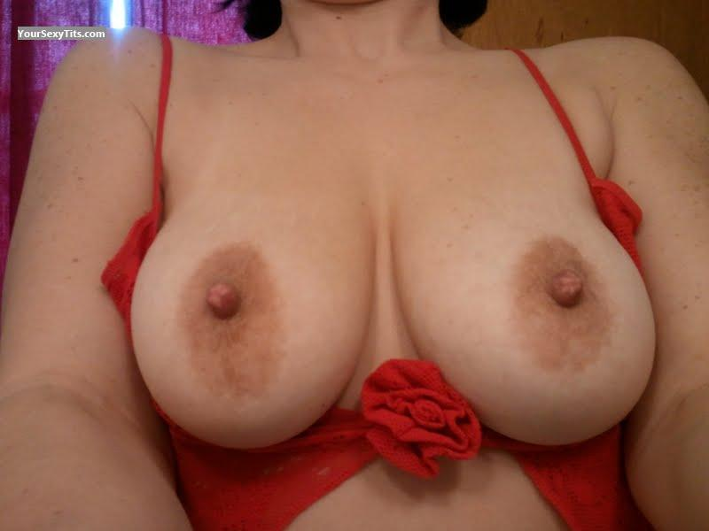 Tit Flash: Medium Tits - Sexy Shawty from United States